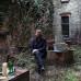 Martin Eder in seinem Atelier Garten