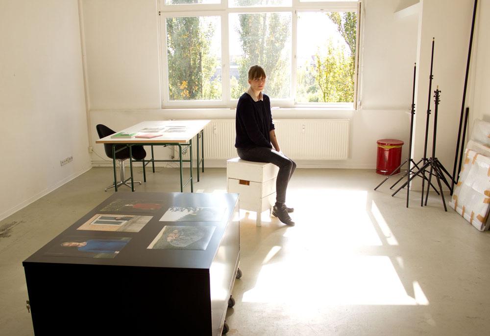 Clara Bahlsen in ihrem Atelier in Oberschöneweide
