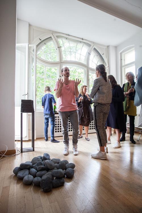 Artist Ariel Reichmann at Collectors Choice,