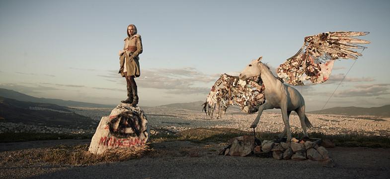 Mia Florentine Weiss' Pegasus landet auf der Berlin Art Week