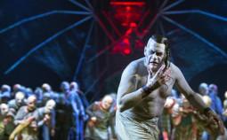 Der-Vampyr-Komische-Oper