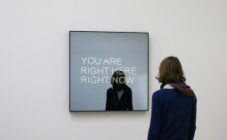 Jeppe Hein: YOU ARE RIGHT HERE RIGHT NOW, 2012, Courtesy KÖNIG GALERIE, Berlin, 303 Gallery, New York, Galleri Nicolai Wallner, Copenhagen, Foto : Photo: Studio Jeppe Hein