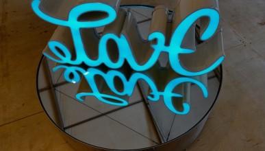 LOVE sculpture by Mia Florentine Weiss