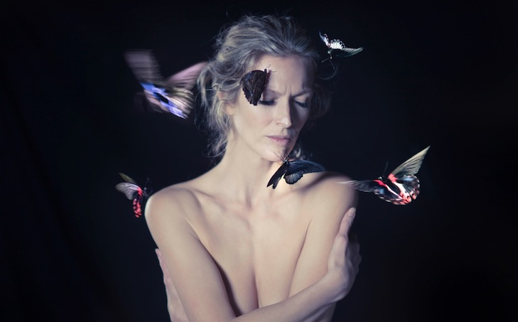 7 days left, 2017, Performance with real butterflies