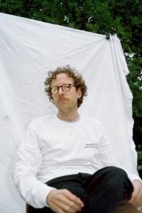 Johann König portraited by Eirikur Mortagne in front of König Galerie, October 2017