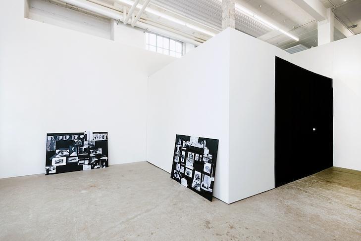 Maya Schweizer, I, an archeologist. Ausstellungsansicht 2014
