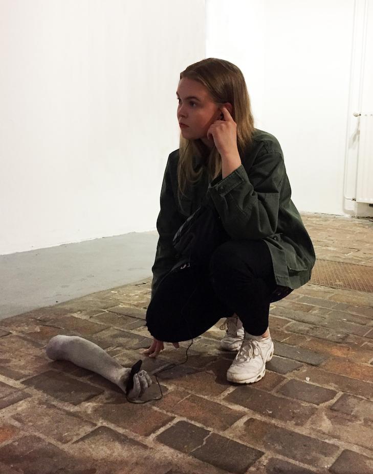 """I am always alert, 2018, Installationsansicht, """"The Female Gaze - On Body, Love and Sex"""" II Haus am Lützowplatz, (c) Anaïs Senli"""